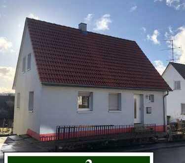 Schönes, freistehendes Einfamilienhaus in ruhiger Lage mit großem Garten.