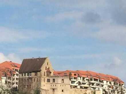 Ihr Wohntraum neben dem Höfinger Schloss mit außergewöhnlicher Weitsicht