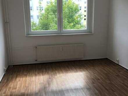 Helle 3-Raum-Wohnung mit Balkon in ruhiger Lage in Pasewalk