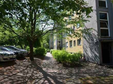 Schöne, helle 3-Zimmerwohnung im 3.OG in bester Lage in Berlin Charlottenburg zu verkaufen