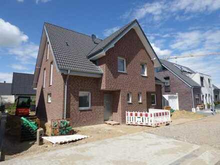 RESEVIERT! Neubau-Doppelhaushälfte in Raesfeld! Ohne Baustress in Ihr neues Eigenheim.