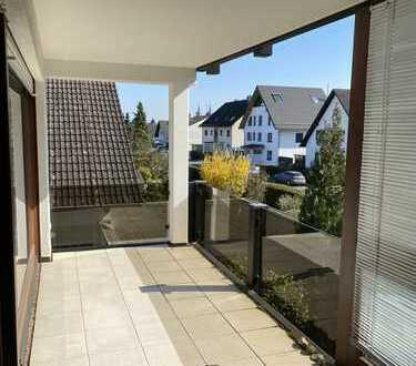 Sehr schöne helle 3-Zimmer-Wohnung in Top Lage Bad Homburg!