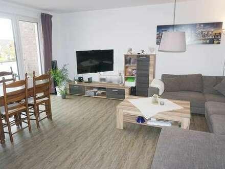 Neuwertige 3 ZKB Wohnung mit Balkon im Zentrum von Augustfehn zum 01.01.2021!