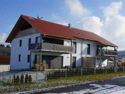 Exlusive, 3 Zimmerwohnung mit Garten und Terrasse