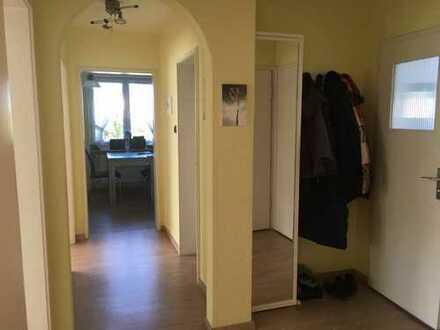 Schöne helle teilmöblierte 3-Zimmer-EG-Wohnung mit Terrasse und EBK in Ingolstadt