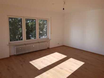 Erstbezug nach Sanierung: freundliche 4-Zimmer-Wohnung mit Balkon in Kahl von privat an privat