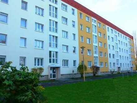 Attraktive 4-Raumwohnung mit 2 Bädern und Balkon