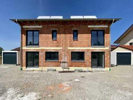 Moderne Doppelhaushälften mit gehobener Ausstattung