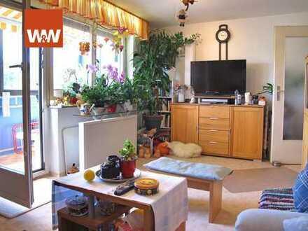 Sonnige 3-Zimmer-Wohnung mit schönem Blick ins Grüne inkl. Küche und Stellplatz zu verkaufen!