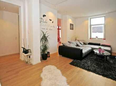 Neuwertige 2-Zimmer-Erdgeschosswohnung mit Terrasse und Einbauküche in Otterbach