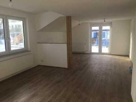 1.200 €, 130 m², 4 Zimmer