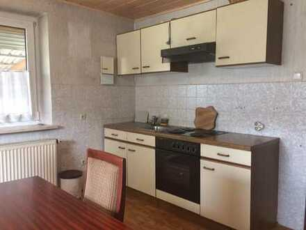 Schöne zwei Zimmer Wohnung in Pertolzhofen (Kreis Schwandorf)
