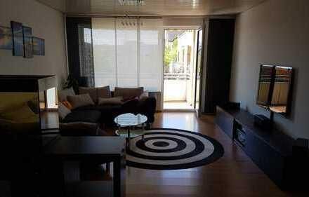 Schöne 4,5 Zimmer Wohnung mit Einbauküche, Balkon und TG-Box