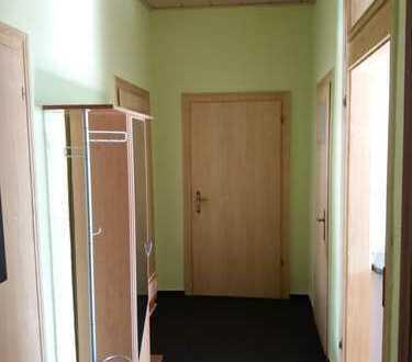 Modernisierte 3,5-Zimmer-Wohnung mit EBK in Waldheim