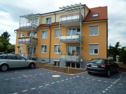 Preiswerte, gepflegte 4-Zimmer-Wohnung mit EBK in Freisbach