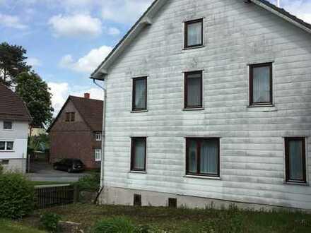 Gepflegtes und ansprechendes Bauernhaus im Luftkurort Sievershausen in idyllischer Lage