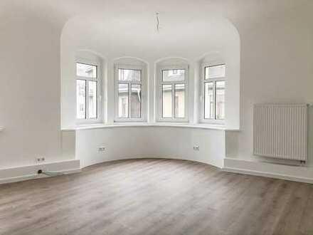 Erstbezug nach Sanierung +++ Rund 150 m² Büro zur MIETE