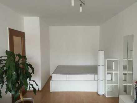 Einzimmerwohnung in Freising. Zwischenmieter bis zum 28.02.2020 gesucht.