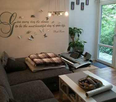 Großzügige 2-Zimmerwohnung mit Wintergarten mitten in der Stadt