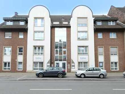 Die perfekte Wohnung im gepflegten Wohn- und Ärztehaus verbunden mit Hausmeistertätigkeit!
