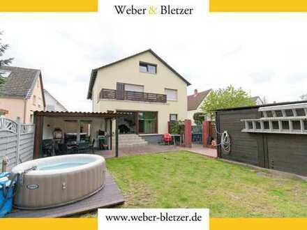 Freistehendes Mehrfamilienhaus in guter, ruhiger Lage von Mannheim-Schönau