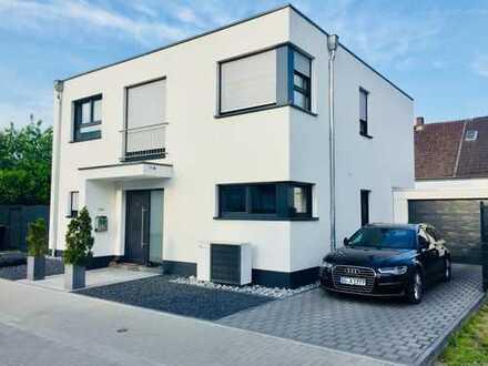 Wunderschönes Haus in absolut ruhiger Lage in Serm, ganz nahe am Düsseldorfer Norden