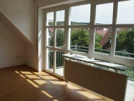 Gepflegte 3-Zimmer-DG-Wohnung mit Balkon in Krumbach