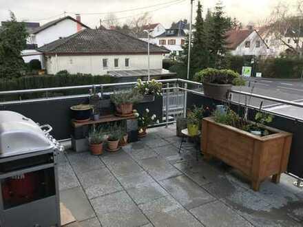 Gepflegte 3-Zimmer-Maisonette-Wohnung mit Balkon und Einbauküche in Bodenheim