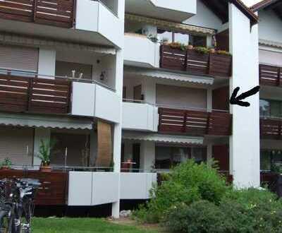 Schöne 3,5-Zi.-Wohnung mit Balkon u. Einbauküche in Eriskirch
