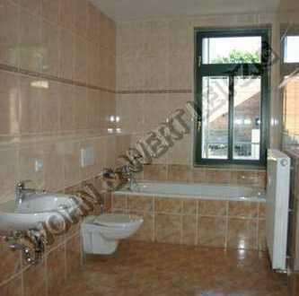 *wohnwert-leipzig.de* hochwertige 2-Zi-Whg/1.OG/Tageslichtbad/off. Küche/Laminat/ges. 445 EUR