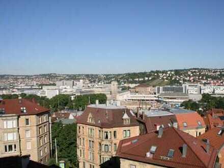 Luxuriöse, geräumige fünf Zimmer Wohnung in Stuttgart, Mitte mit toller Aussicht