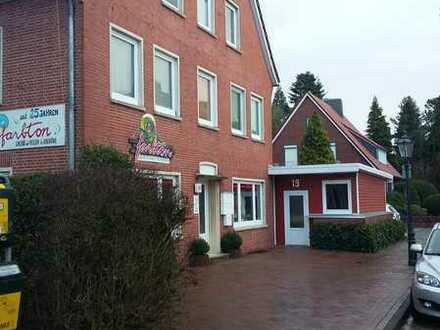 Günstige, geräumige und gepflegte 3-Zimmer-Maisonette-Wohnung mit EBK in Emden