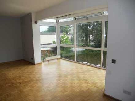 3 Zimmer, Einbauküche, 110 qm Wohnfläche