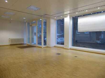 Vielseitige Arbeitsstätte z.Bsp.:Büro, Praxis....