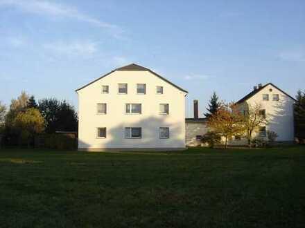 Familiär geführtes Anwesen sucht neuen Mieter/in für Singlewohnung