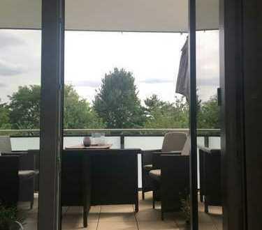 Stilvolle 4-Zimmer-Wohnung mit Balkon und EBK in Kelsterbach ab 01.9.19 zu vermieten