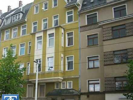 Riesige 3-Zimmer-Wohnung mit 124 m² zur SUPER GÜNSTIGEN MIETE! in zentraler Lage von Plauen