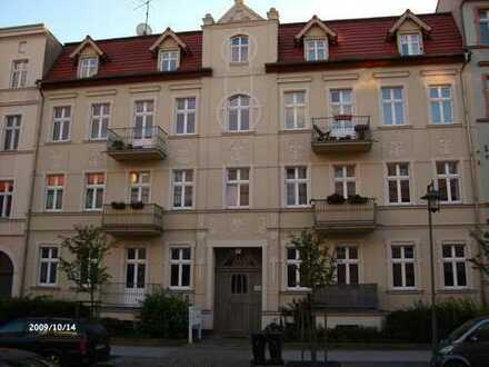 frisch renovierte 3-Zimmerwohnung im Altbau mit ruhiger Lage