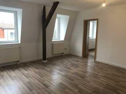 großzügige, helle 3-Raum-Dachgeschosswohnung- elbnah - perfekt für die kleine Familie