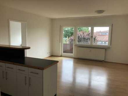 Erstbezug nach Sanierung: ansprechende 2,5-Zimmer-Wohnung mit Einbauküche und Balkon in Welzheim