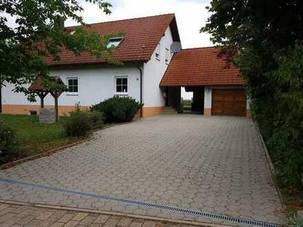 3-Zimmer-DG-Wohnung in Ortsrandlage von Kemmern, Erstbezug mit grossem Balkon