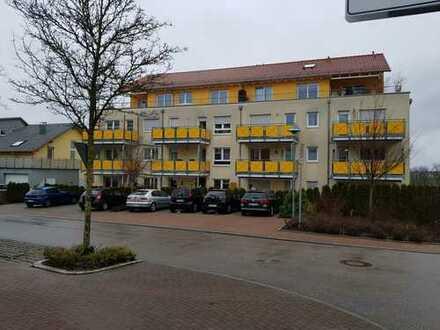 Gepflegte 2-Zimmer-Terrassenwohnung mit Einbauküche