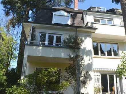 Heidelberg-Neuenheim, Möblierte 2 Zi.-Wo. mit Balkon in guter Wohnlage, 1 max. 2 Personen, keine WG