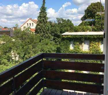 3-Zimmer-DG-Wohnung mit Balkon in Karlsruhe