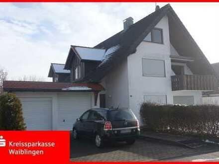 Zweifamilienhaus mit ausgebautem Dachraum in tadellosem Zustand!