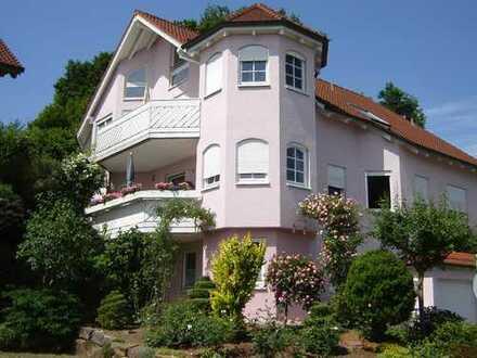 Attraktive 5 1/2 Zimmer Maisonette-Wohnung in Nürtingen