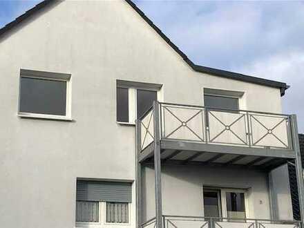 Vollständig renovierte 2-Zimmer-DG-Wohnung mit Balkon in Dortmund Brechten