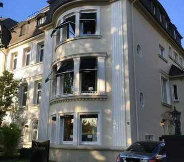 GOLZHEIM | Hochwertiger Showroom zu vermieten | Rheinlage | Provisionsfrei
