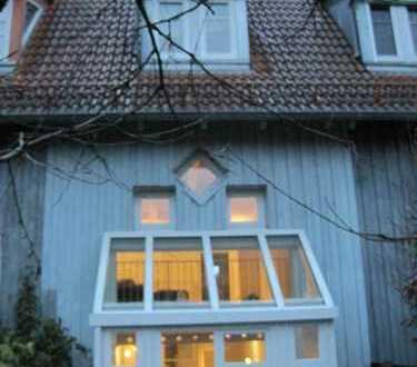 Exclusives Haus mit vier Zimmern und Galerie in Ludwigsburg (Kreis), Pleidelsheim
