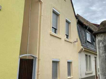 Kleines Einfamilienhaus im Herzen Grünstadts !!! Provisionsfrei !!!